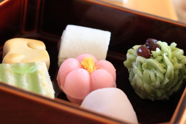 和菓子で季節を感じよう